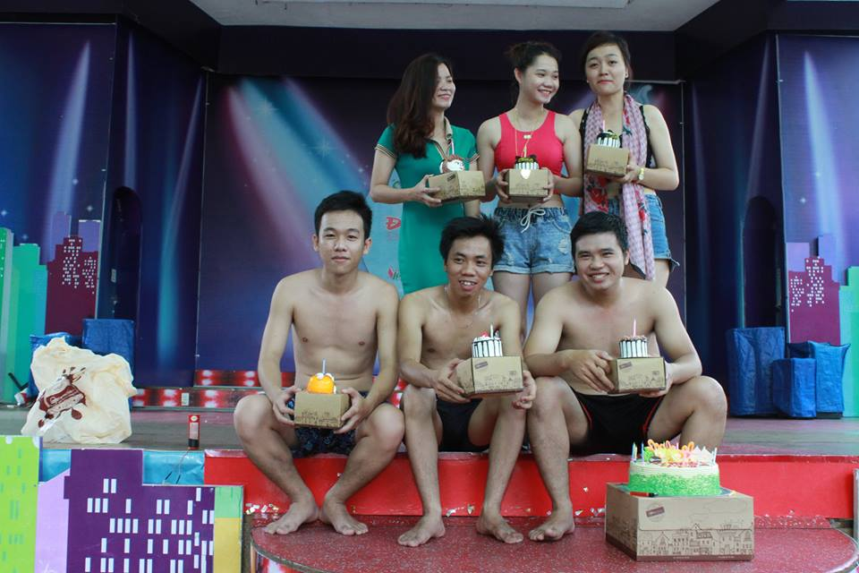 ky-niem-9-nam-thanh-lap-cong-ty-Viet-Solution-7